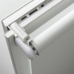 Modern Elektrorollo Klemmtraeger eingebaut.jpg
