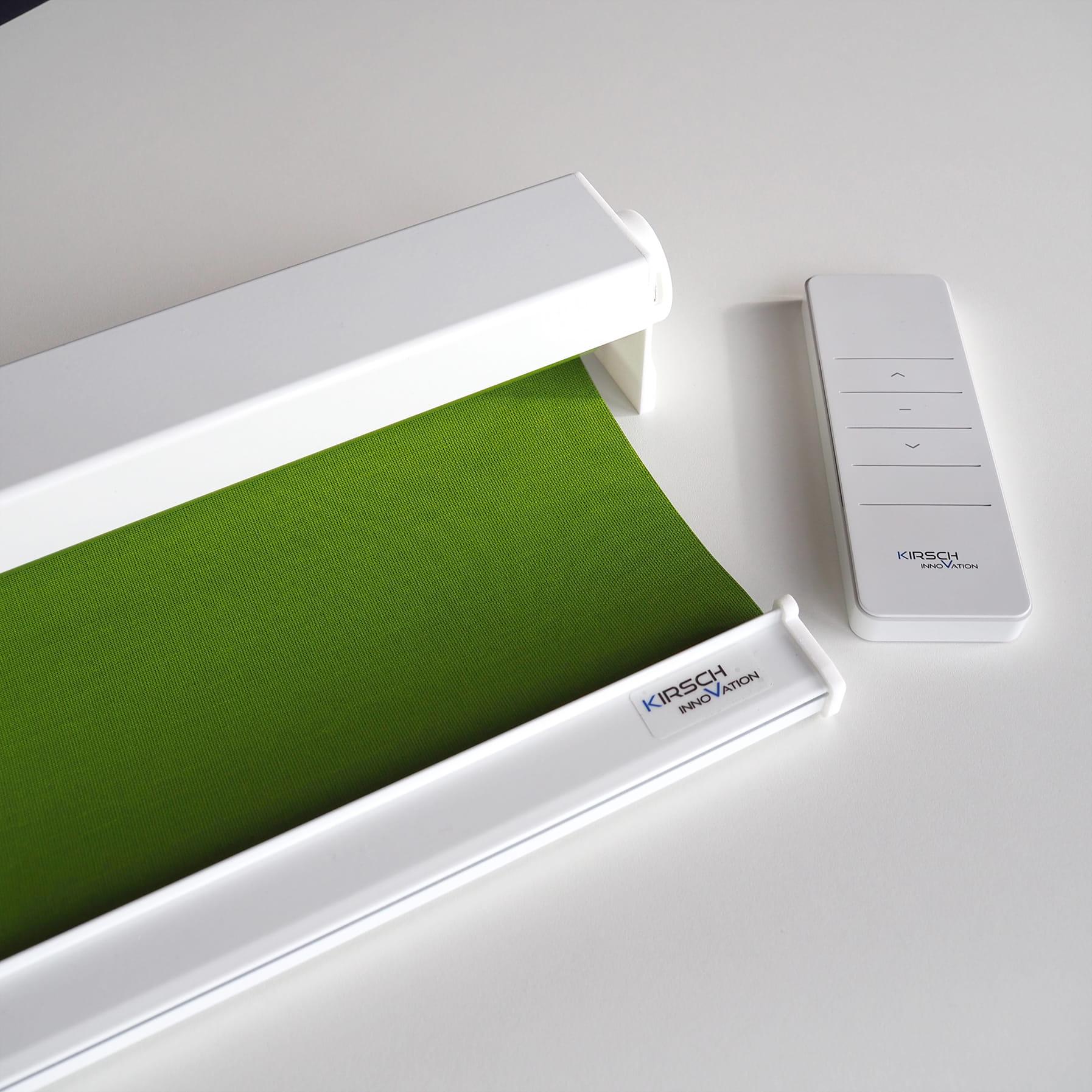 Sonnenschutz Elektrorollo Weiß RAL 9016 glanz Grün verdunkelnd 17-008